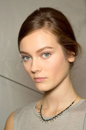 hbz-makeup-trend-ss13-glowing-skin-valentino-lgn