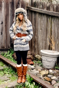 silver-herritage-sweater-brown-downtown-la-boots-h-m-socks-herritage-hat_400