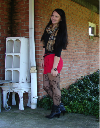 d3b80b260c5 The first way is to wear a pair of shorts with tights. You can do as shown  – bright shorts with black or patterned tights – or the opposite with black  ...